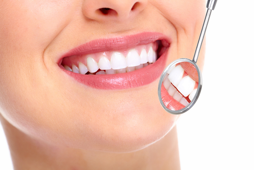 Clean teeth - Dentist In Calabasas